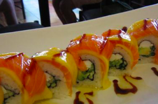 sushi mango salmone