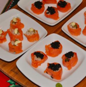 Sushi albicocca e salmone