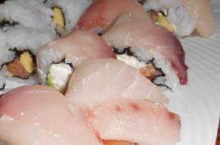 sushi pescespada avocado