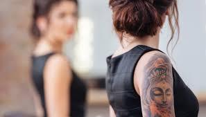 ci sono diversi modi per coprire tatuaggi prima di un viaggio in giappone